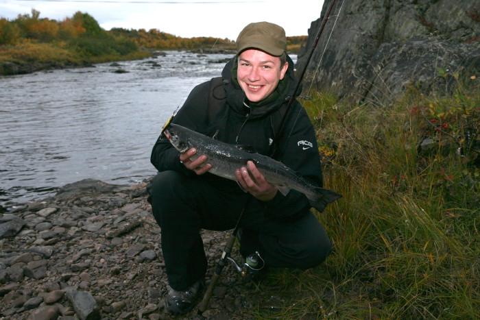Отличная рыбалка на Кольском
