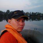 Ловля фидером с лодки на течении